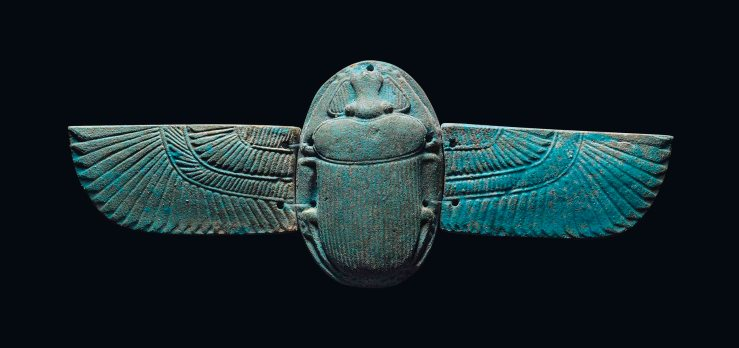 2016_CKS_12239_0118_000(an_egyptian_blue_faience_winged_scarab_late_period-ptolemaic_period_ci)
